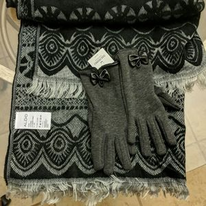 Matching Scarf and Glove Set from Aldo